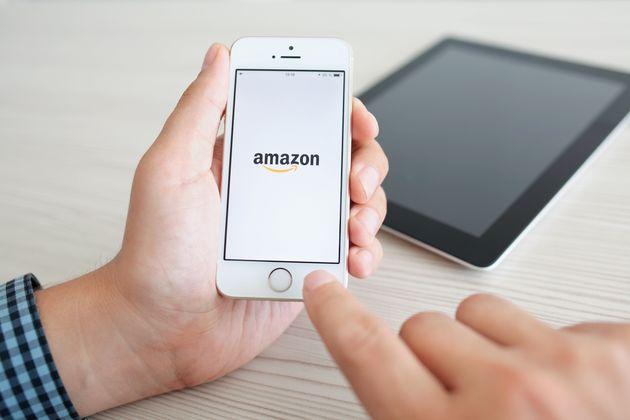 Το «κουτί» της Amazon που θα ελέγχει αν οι εργαζόμενοι τηρούν τους κανόνες για τον
