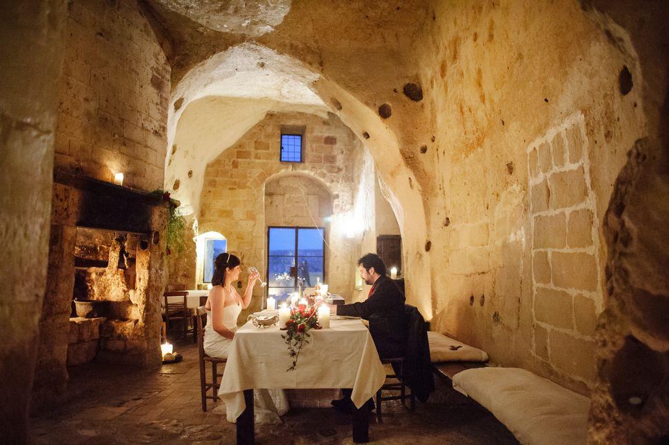 Cena esclusiva - Le Grotte di Civita Sextantio