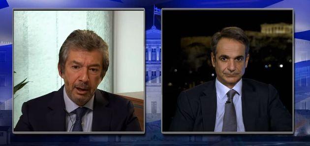O Διευθύνων Σύμβουλος της Philip Morris International Ανδρέας Καλαντζόπουλος συνομιλεί με τον πρωθυπουργό...