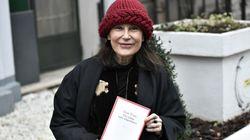 Irène Frain remporte le prix Interallié pour son livre sur le meurtre de sa