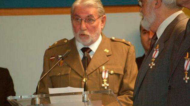 Fernando Reinlein, el 16 de febrero de 2010, en el homenaje de Defensa a los militares de la