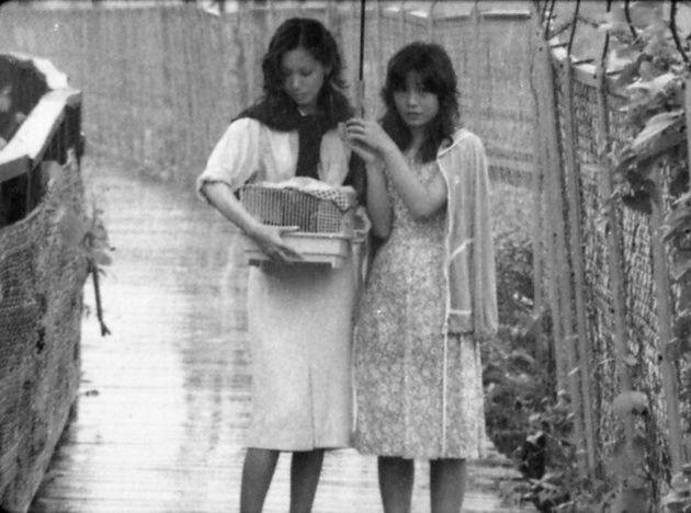 1980年に発表された矢崎仁司監督のデビュー作「風たちの午後」。女性同士の恋愛を描いた。2019年3月にデジタルリマスター版が劇場公開された。