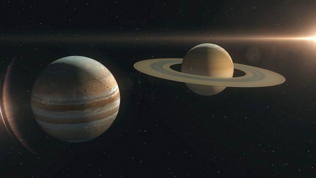 木星(左)と土星のイメージ画像