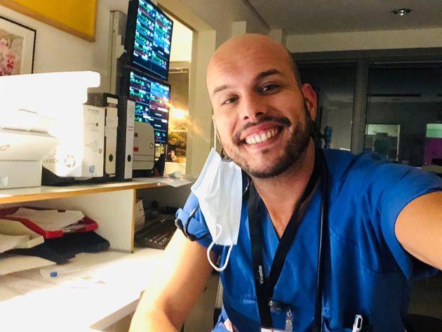 El enfermero español Eduardo