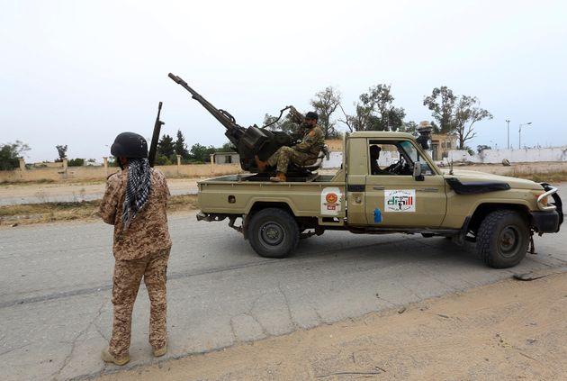 Συμφωνία Ιταλίας- Λιβύης για συνεργασία στον αμυντικό