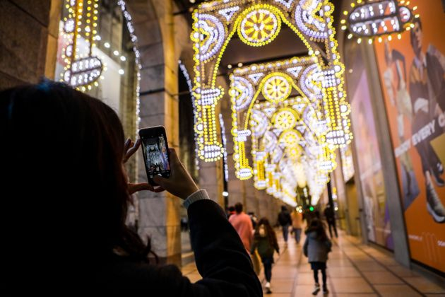 Christmas atmosphere in Milan during coronavirus emergency, Milan, Italy, on November 30 2020. From Sunday,...