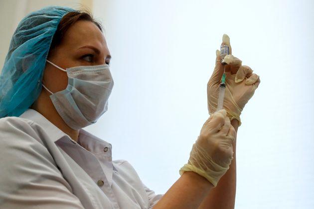 Πώς φτάσαμε στο εμβόλιο τόσο γρήγορα - Μια απάντηση στους