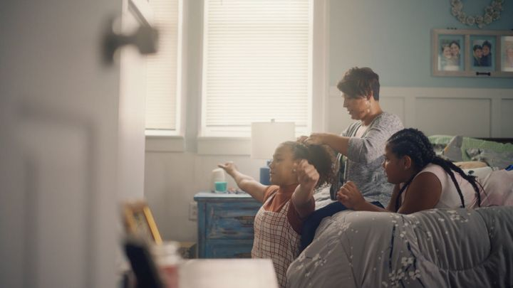 <strong>It&rsquo;s all about hair care for mother Ashley and daughters Lillie and Daisy.</strong><br />(Photograph: Courtesy of Pantene)