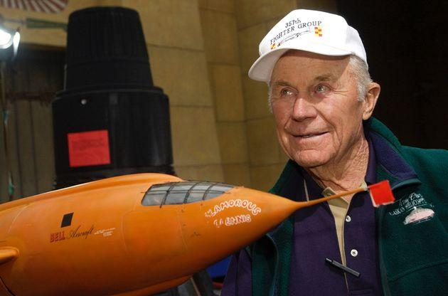 Πέθανε ο πιλότος-θρύλος Τσάρλι «Τσακ» Γέγκερ, ο πρώτος που έσπασε το φράγμα του