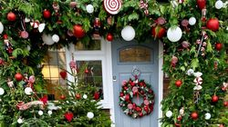 Doorscaping Is The Christmas Trend For People Who Adore Being
