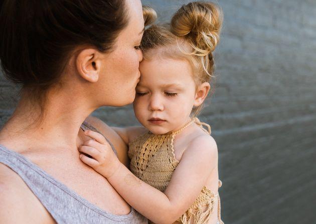 Des femmes disent craindre pour leurs enfants lorsqu'elles hésitent à coopérer...