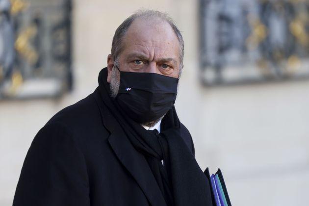 Eric Dupond-Moretti photographié en quittant l'Élysée le 28 novembre