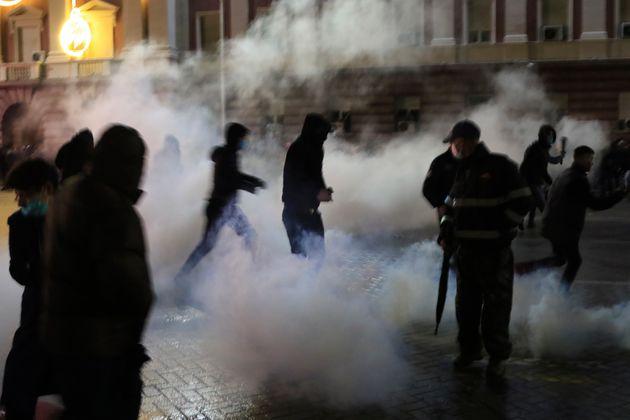 Αλβανία: Οργή και επεισόδια για τον θάνατο 25χρονου από αστυνομικά