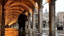 Venecia no activa sus diques por falta de previsión y se inunda por un