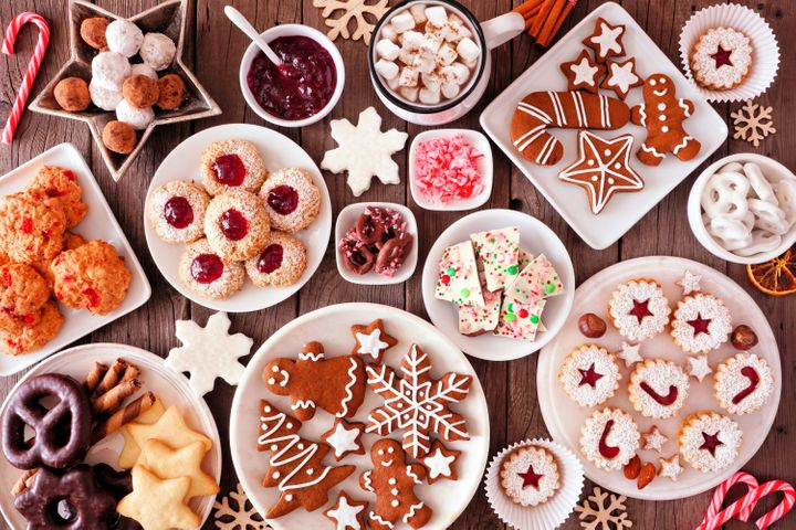 You can rest assured that baked goods you receive as gifts this holiday season have a low possibility of transmitting the coronavirus. As always, make sure you're washing your hands before eating.