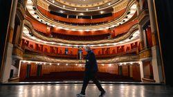 Les cinémas et théâtres resteront fermés, décide le Conseil