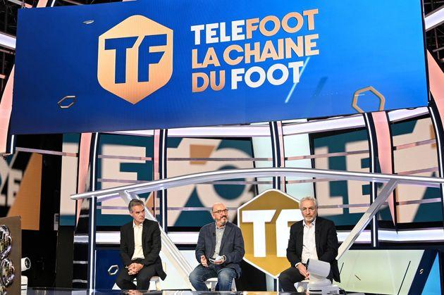 Les dirigeants de Mediapro présentant la chaîne Téléfoot lors d'une conférence...