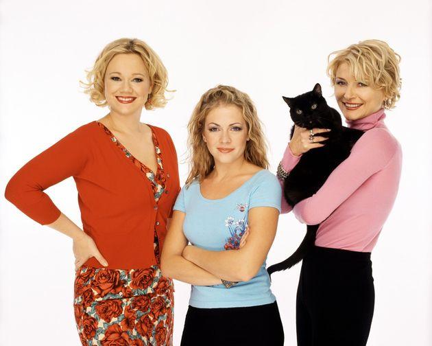 Caroline Rhea and Beth Broderick appeared alongside Melissa Joan Hart in Sabrina The Teenage