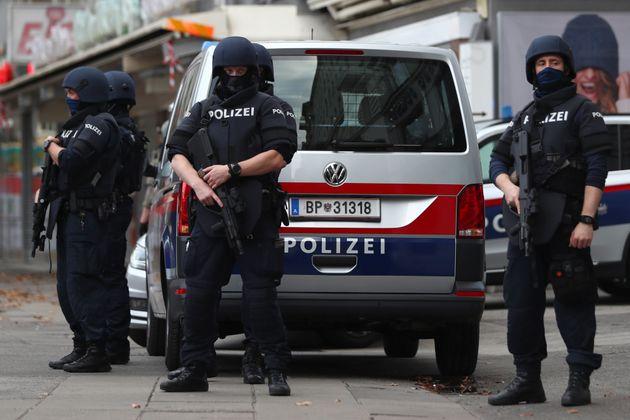 Αυστρία: Η αστυνομία κατέσχεσε όπλα που προορίζονταν για γερμανούς ακροδεξιούς