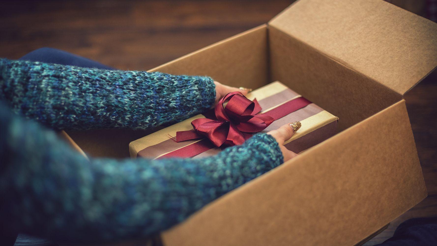 Pourquoi certains appréhendent d'ouvrir leurs cadeaux de Noël devant les autres