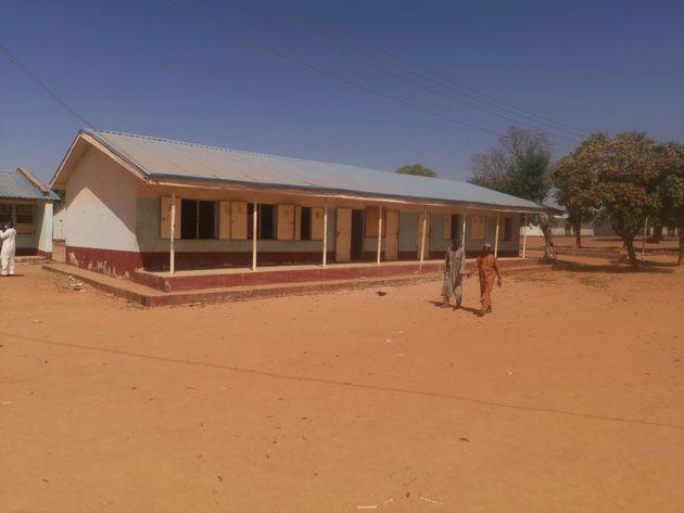 L'école secondaire de Kankara, au Nigeria, samedi 12 décembre après l'attaque et...