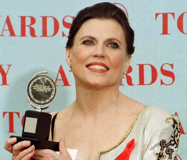 "Ann Reinking poses backstage with her award in the Best Choreography catagory for the musical ""Chicago"" at the American Theat"