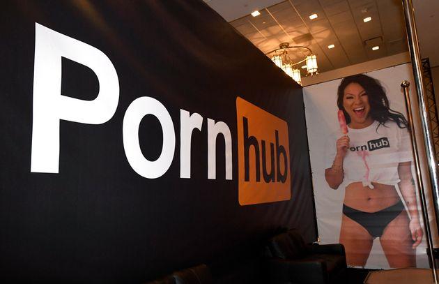 Τι συνέβη με τo Pornhub και τα βίντεο από μη επιβεβαιωμένους