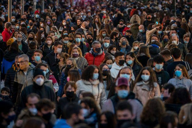 Una calle del centro de Barcelona el 7 de diciembre de 2020 (AP Photo/Emilio