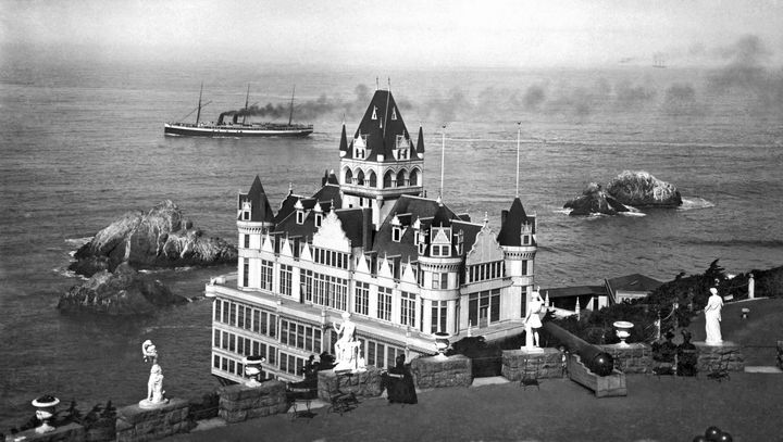 The Cliff House at the very western end of San Francisco as it sat perched overlooking the Pacific Ocean in the late 1890s.