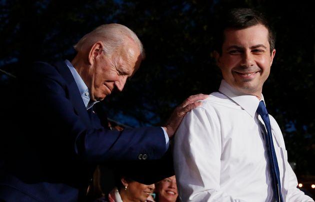 Adversaires durant la primaire démocrate, Joe Biden et Pete Buttigieg vont coopérer durant...