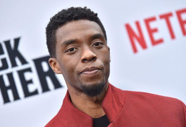 Chadwick Boseman était à l'avant-première du documentaire Netflix The Black Godfather, à Los Angeles,...