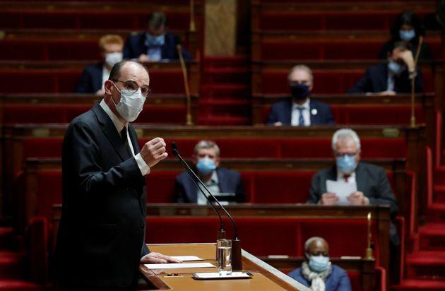 Jean Castex s'exprimant sur la stratégie vaccinale française face au Covid-19, mercredi...