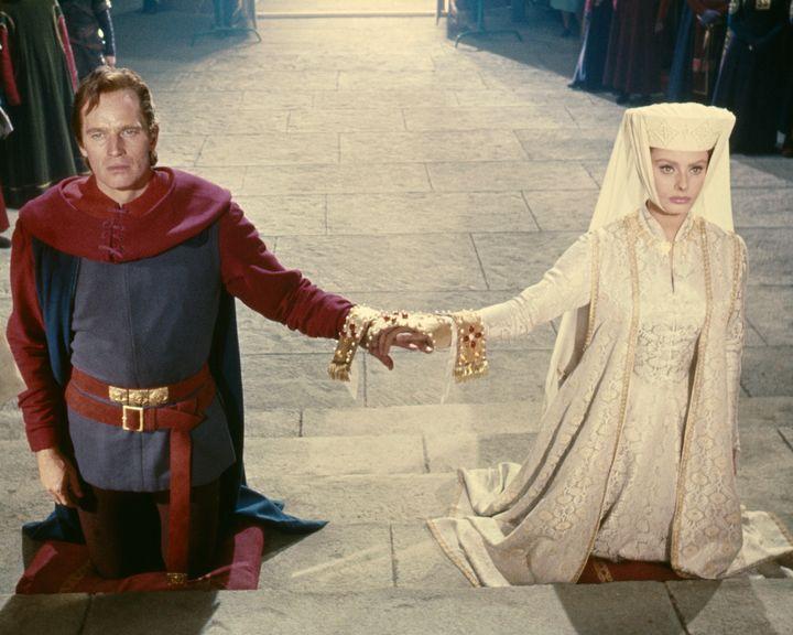 Charlton Heston y Sophia Loren en la película 'El Cid' (1961).