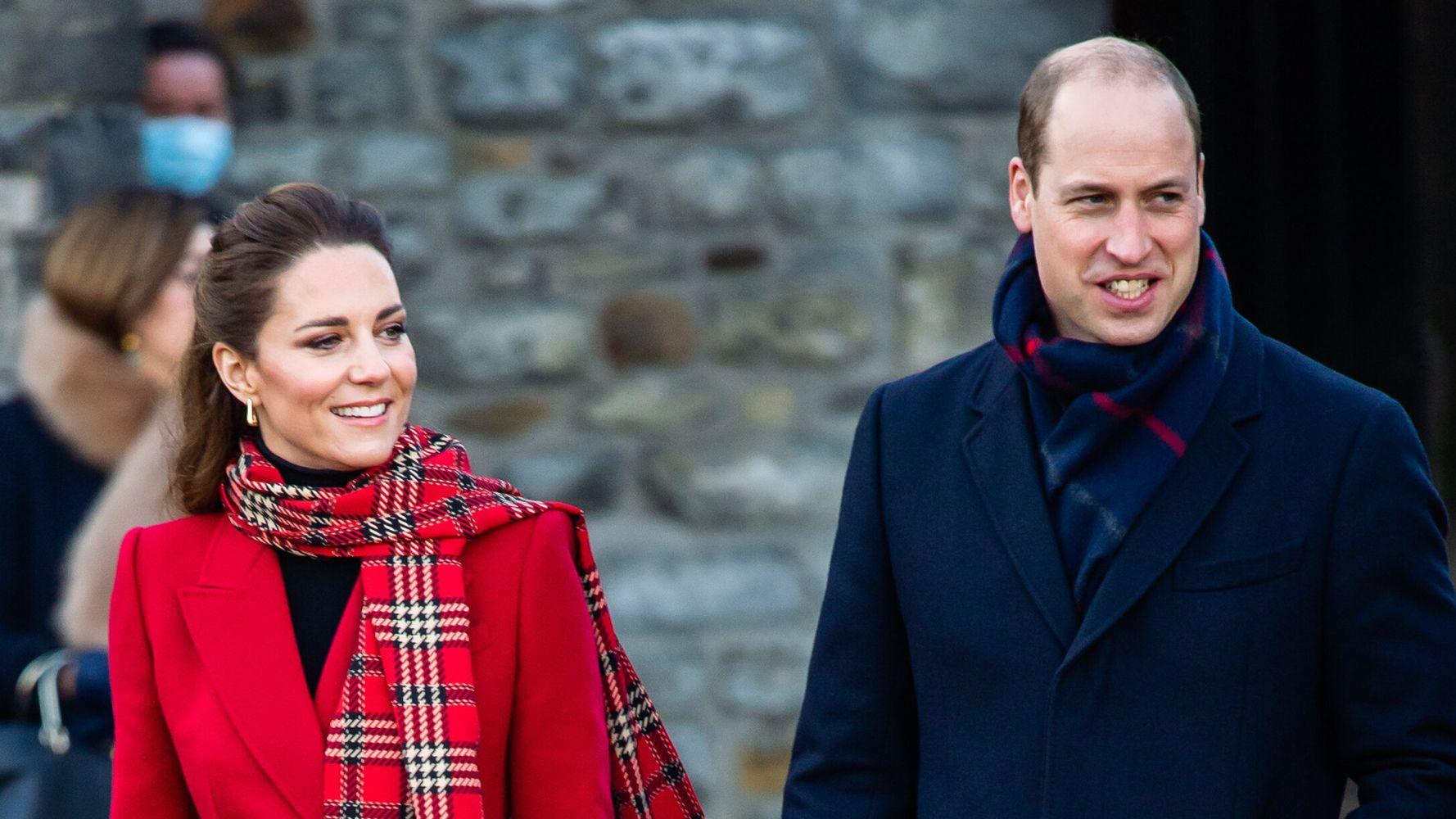 Кейт Миддлтон и принц Уильям официально выпустили рождественскую открытку 2020 года