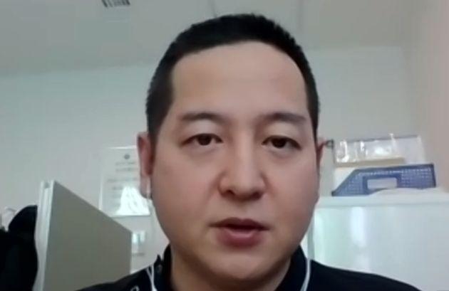 医療従事者の精神的ストレスを訴える夏川知輝医師