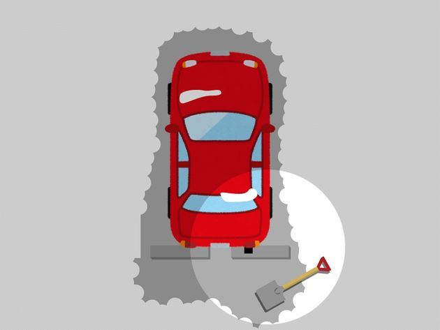 雪による車の立ち往生、万が一のために準備するべきアイテムとは?
