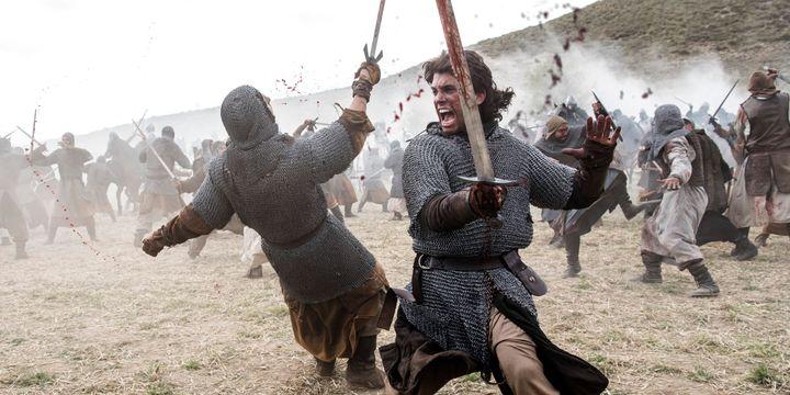 Jaime Lorente como el joven Rodrigo Díaz de Vivar en 'El Cid'.