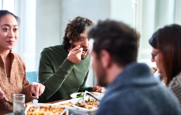 Cette étude de l'institut Pasteur pointe le rôle central des repas dans le Covid (photo