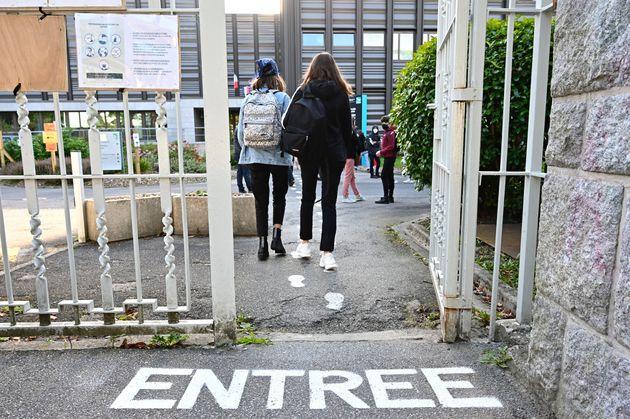Vive émotion après le suicide d'une lycéenne transgenre à Lille (photo d'illustration...