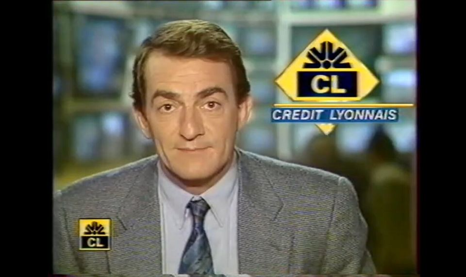 Capture d'écran du faux JT de 13h animé par Jean-Pierre Pernaut en 1993 dans le cadre d'une opération de promotion interne du Crédit Lyonnais.