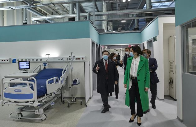 La presidenta de la Comunidad de Madrid, Isabel Díaz Ayuso, durante la inauguración del Hospital Isabel