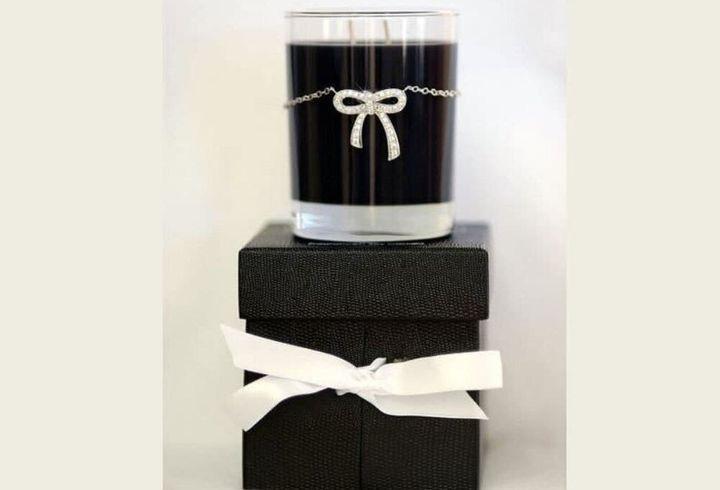Κερί με περιδέραιο πολυτελείας