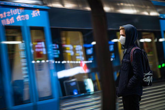 Le métro de Stockholm le 3 décembre 2020 (Photo by Jonathan NACKSTRAND /