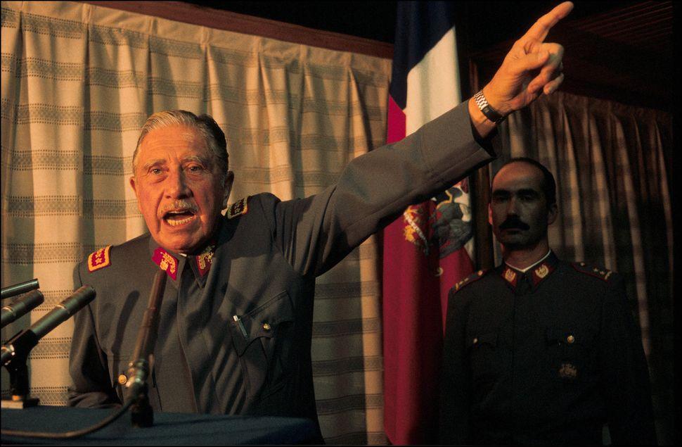 Augusto Pinochet en Chile, el 1 de mayo de
