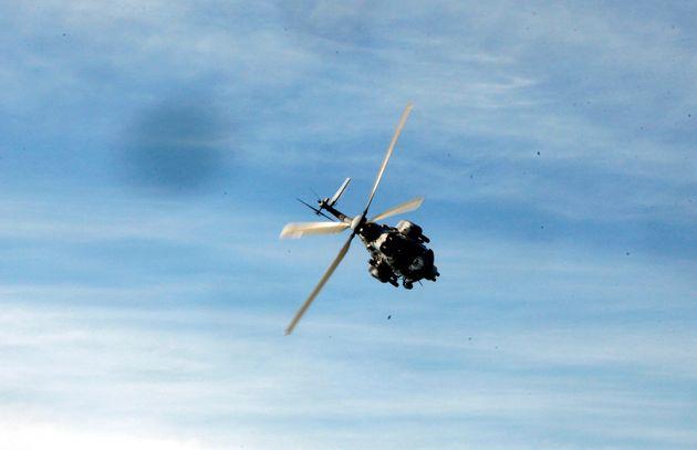 Βόλος: Αεροδιακομιδή ασθενούς covid-19 από την Αλόννησο - Σε ρόλο οδηγού ΕΚΑΒ ο δήμαρχος του