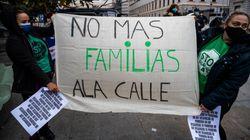 El Gobierno prohíbe los desahucios y los cortes de suministros a familias