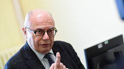 Massimo Galli tra i primi a vaccinarsi: