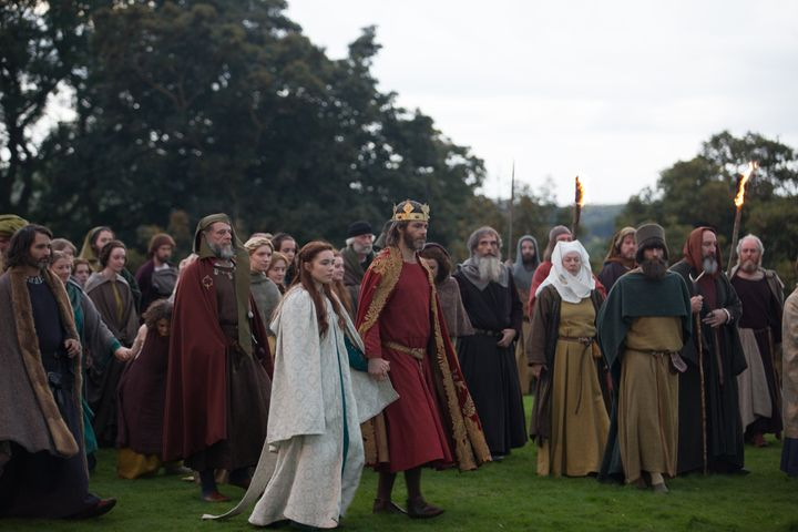 """Chris Pine and Florence Pugh in """"Outlaw King."""" Savage worked on embroidery for the costumes and banners."""