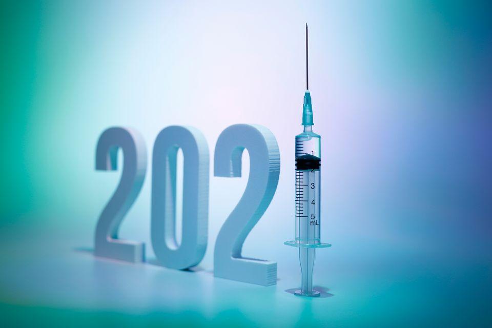 Si le vaccin représente un grand espoir pour 2021, il serait illusoire de penser que l'épidémie de coronavirus ne fera pas de dégât cette année