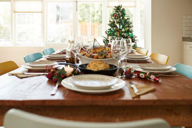 Τα μέτρα των Χριστουγέννων σε 10